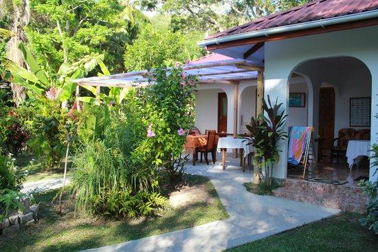 Buisson Guesthouse La Digue:                   zona per la colazione