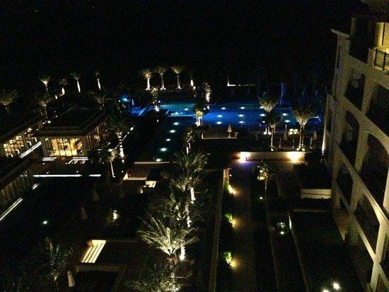 The St. Regis Saadiyat Island Resort: Blick vom Hotelzimmer