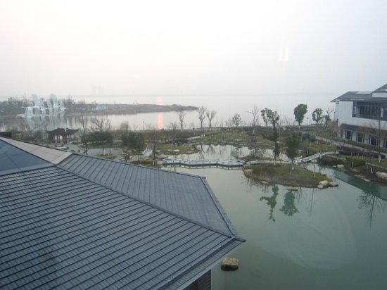 Worldhotel Grand Dushulake Suzhou: Worldhotel Grand Dusulake Suzhou Room View