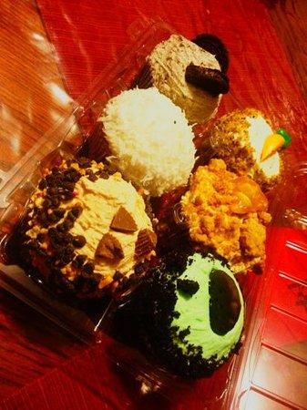 crumbs bake shop boston downtown restaurant reviews photos rh tripadvisor com