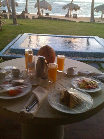 Zoetry Agua Punta Cana:                   Room Service Breakfast
