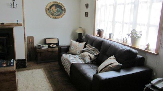 Pire Mapu Cottage Bed and Breakfast:                   Sala de estar