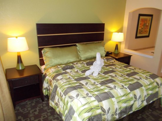 Vacation Village at Parkway:                   Quarto unidade A, B e C