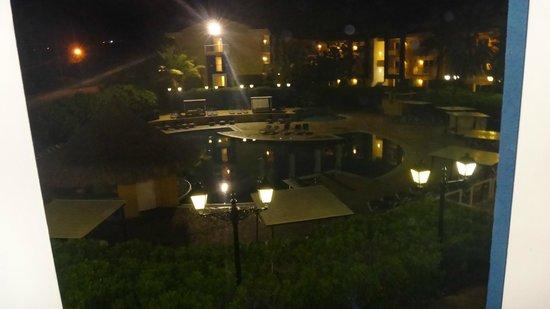 Hesperia Playa El Agua:                   la vista desde la habitación hacia la pileta más grande del hotel