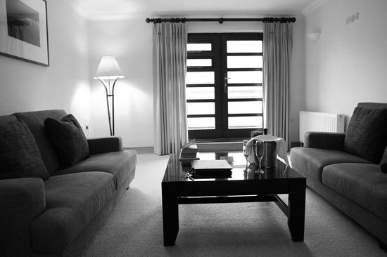 Delphi Resort:                   Sitting room, door to balcony.