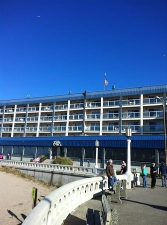 Shilo Inn Suites Hotel - Seaside Oceanfront: feb 2013