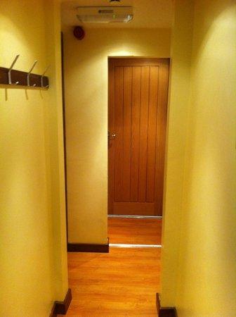 Westfield Lodge:                   Room 10