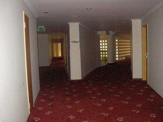 Majesty Club La Mer: La Mer Hotel - Hotel's corridor