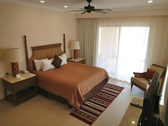 Villa del Palmar Beach Resort & Spa at The Islands of Loreto:                   Bedroom