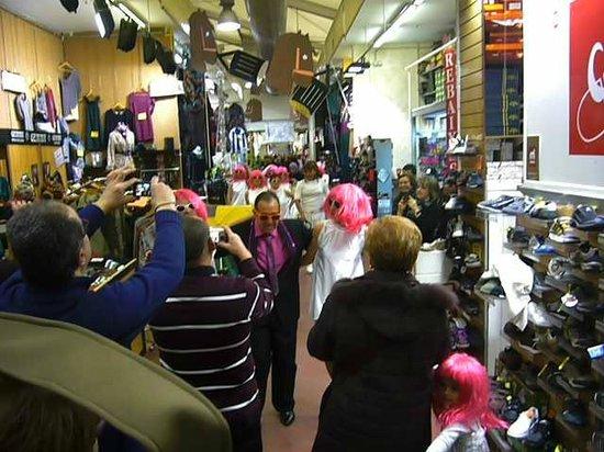 BCN Market Inn: Festa nel mercato di Sant Antoni