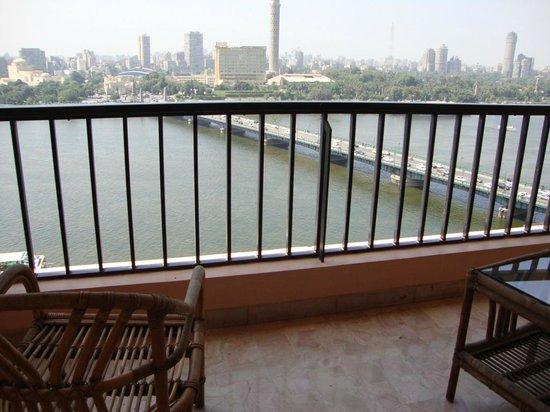InterContinental Cairo Semiramis: Room balcony and view