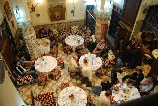Bab Al Madina:                                     pequeño palacete