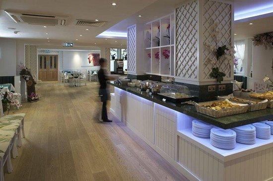 Park International Hotel : Breakfast Room