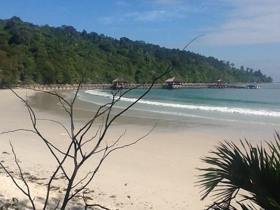 Bunga Raya Island Resort & Spa:                   natural beauty