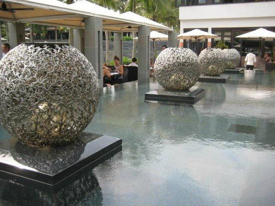 Four Seasons Resort The Nam Hai, Hoi An:                                     Reflecting Pool