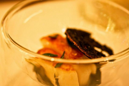 Orkney scallop, cuttlefish, mint and caraway (9/10