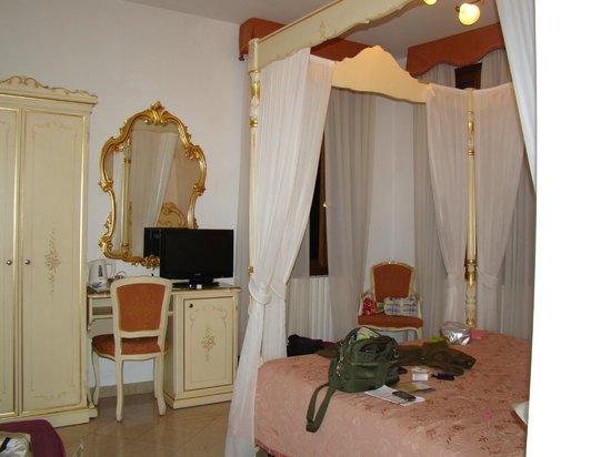 Hotel Bernardi Semenzato:                   quarto