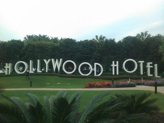 Disney's Hollywood Hotel:                   ガーデン