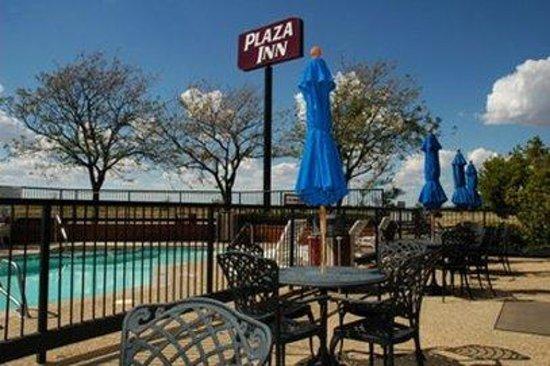 Plaza Inn Midland : Pool