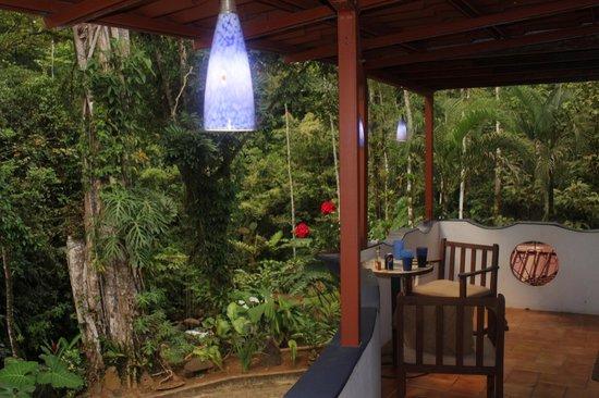 Agua Inn:                                     Veranda