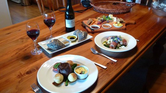 Tongariro Lodge:                   Dinner in our room