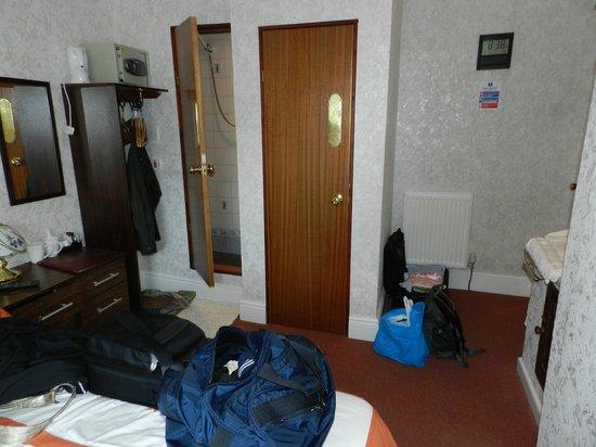 Farnham Hotel: Room with Bathroom En Suite