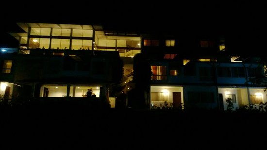 T&U Leisure Hotel:                   Night view from the Lawn