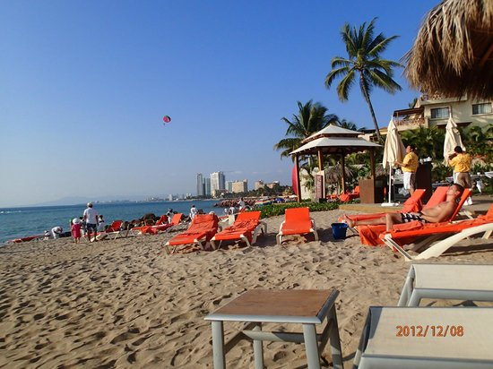 Now Amber Puerto Vallarta:                   The beach