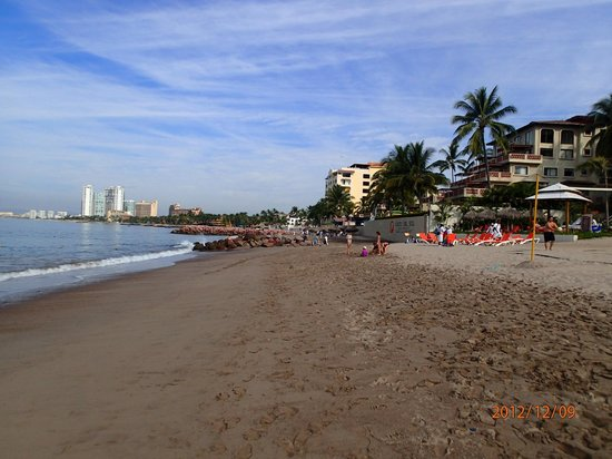 Now Amber Puerto Vallarta:                   The beach area