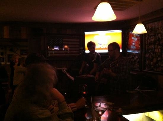 The Shanty: excellent live music