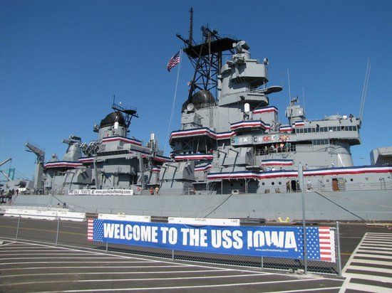 Battleship Uss Iowa Bb 61 Superstructure