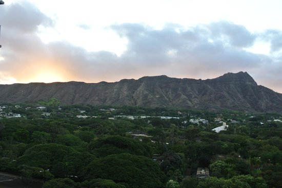 Queen Kapiolani Hotel:                   Morning View from our balcony