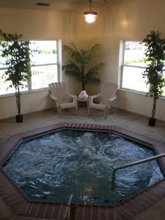 Comfort Suites Owensboro Heated Jacuzzi Spa