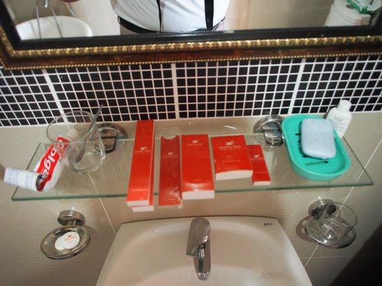 Song Tien Hotel:                   Bath Amenities