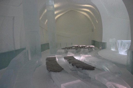 Icehotel: ice hotel