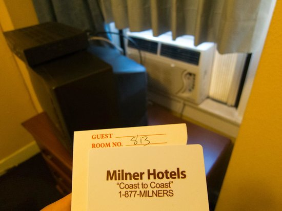 The Milner Hotel Downtown Los Angeles:                   room 813