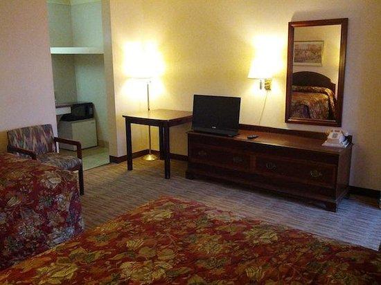 USA Inn: Room