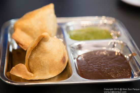 Curry Up Now :                   Samosa