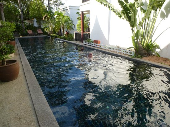 Baan Yin Dee Boutique Resort: our pool