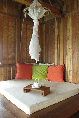 Six Senses Ninh Van Bay:                   day bed