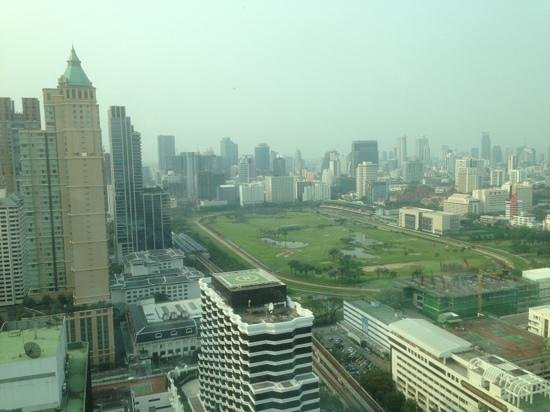 InterContinental Bangkok: club level breakfast with a view