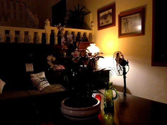 La Villa Coloniale:                                     Lobby