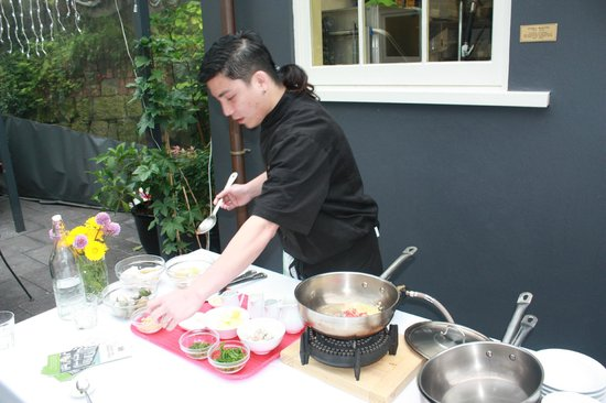 Tasty Tours:                                     Cooking demonstration at Carey's Bay Hotel