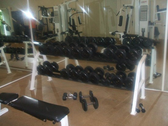Grand Oasis Palm:                   Dumbells GYM