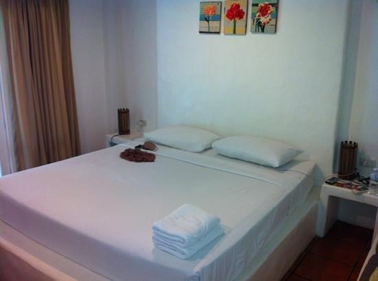 Vongdeuan Resort:                                                       habitacion