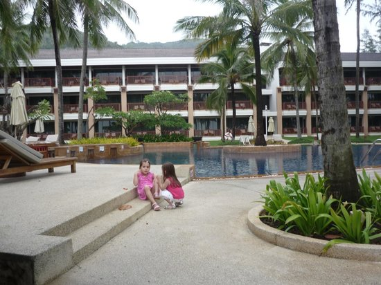 Katathani Phuket Beach Resort:                   in front of adults pool
