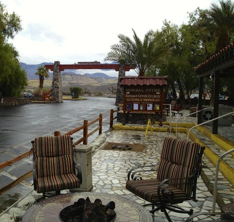 Furnace Creek Inn and Ranch Resort: Rain in the Desert!