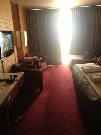 Indian Ocean Hotel:                   room 504
