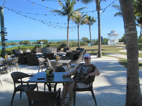 Hawks Cay Resort:                   An informal spot to dine