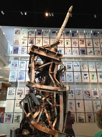 Newseum: The TV antenna on top of the WTC. 9/11 exhibit.